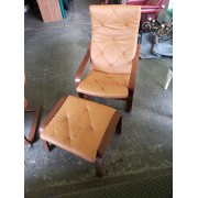 Wood / Cream Accent Chair