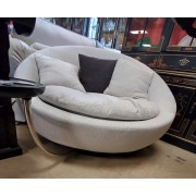 Round Cream Barrel Chair With Tray