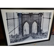 Large Brooklyn Bridge Pic / Black Frame