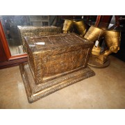 Gold Egyptian Rectangle Stand