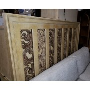 Century Blonde King Bedroom Set
