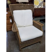 Pottery Barn Wicker Chair / Cream Cushion