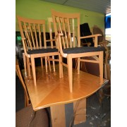 Dining Table / Six Chairs / One Leaf