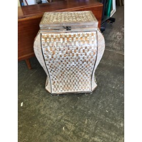Washed Wicker Trunk