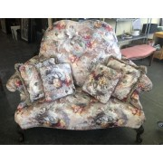 Red / Gold Floral Settee