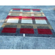 8 x 10 Ethan Allen Square Pattern Rug