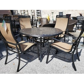 Round Patio Table With Four Chairs